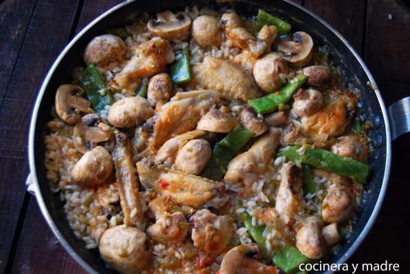 arroz con pollo y champiñones - cocinera y madre