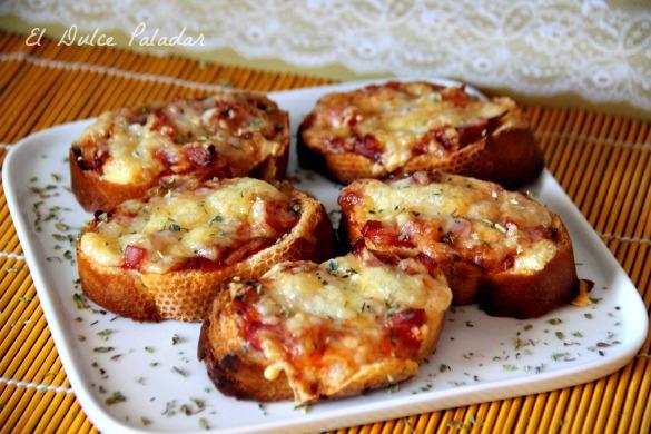 Paninis de bacon y queso