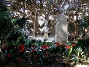 Plaza Gabriel Miró. Fuente de Inspiración