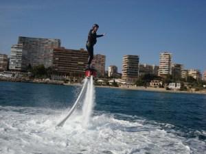Flyboard en lancha rápida @  Flyboard. Puerto Marina / Pantalán D Alicante | Alicante | Comunidad Valenciana | España