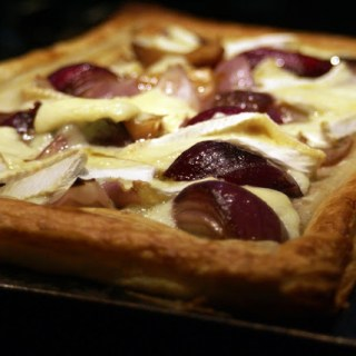 caramelised red onion tart