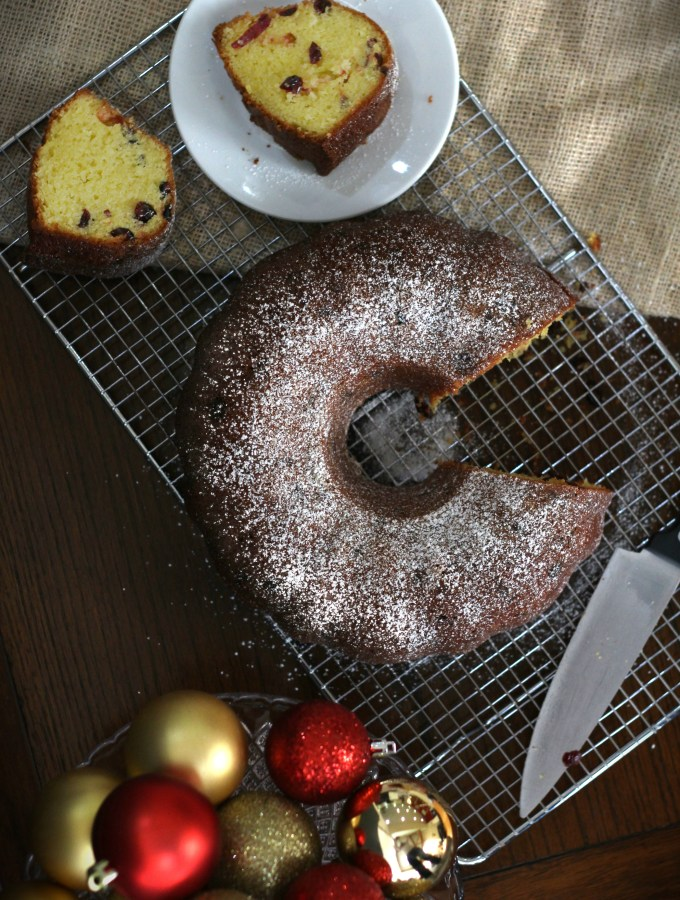 cranberry christmas bundt cake2