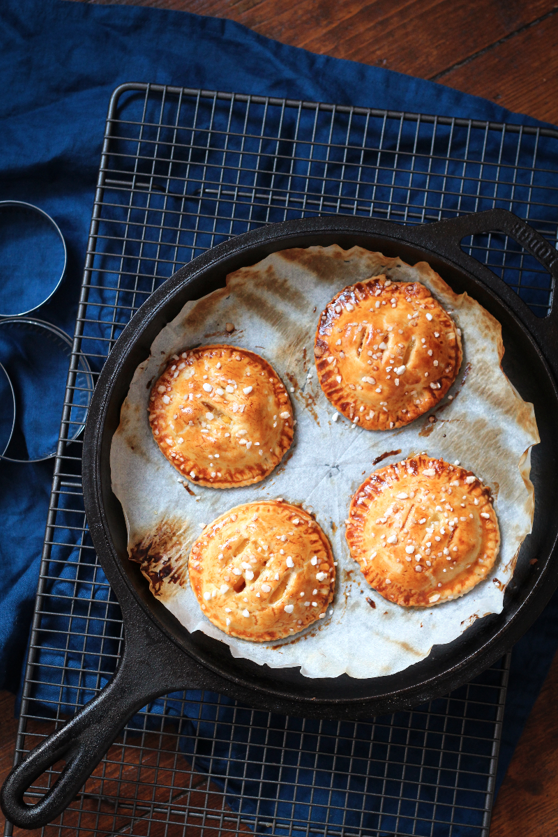 These mini mango pies are easy enough for little hands to make, quick enough for an emergency bake and really really tasty.