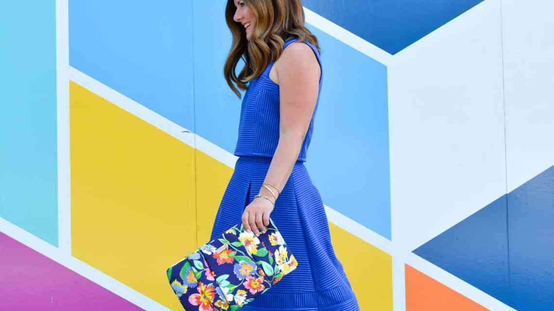 Fall must haves with thredUP, thredUP review, thredUP promo code, kate spade floral clutch, ASOS blue midi skirt, chicago blogger