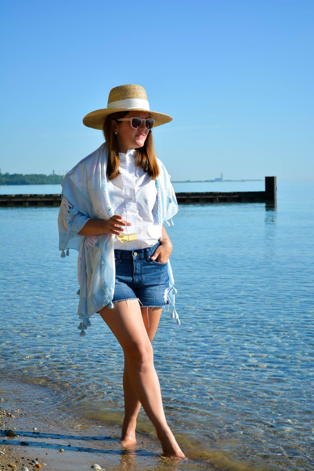 #LoveofTheJourney, Wente Wines, Chicago Blogger, J.Crew Straw Hat, Diistressed Denim Shorts, Lou & Grey Scarf, Lake Bluff Beach