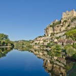 Beynac-et-Cazenac, Dordogne, Aquitaine, 5 Ways To Explore Beautiful Aquitaine France