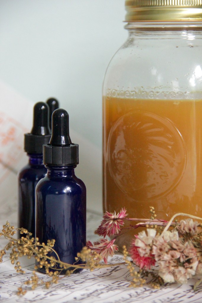 Ginger tinctures can help with upset stomachs, aid with nausea & help to boost immunity!