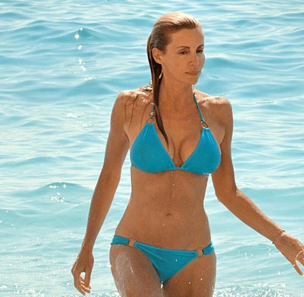 Photos Camille Grammer Flaunts Her Sexy Bikini Bod The