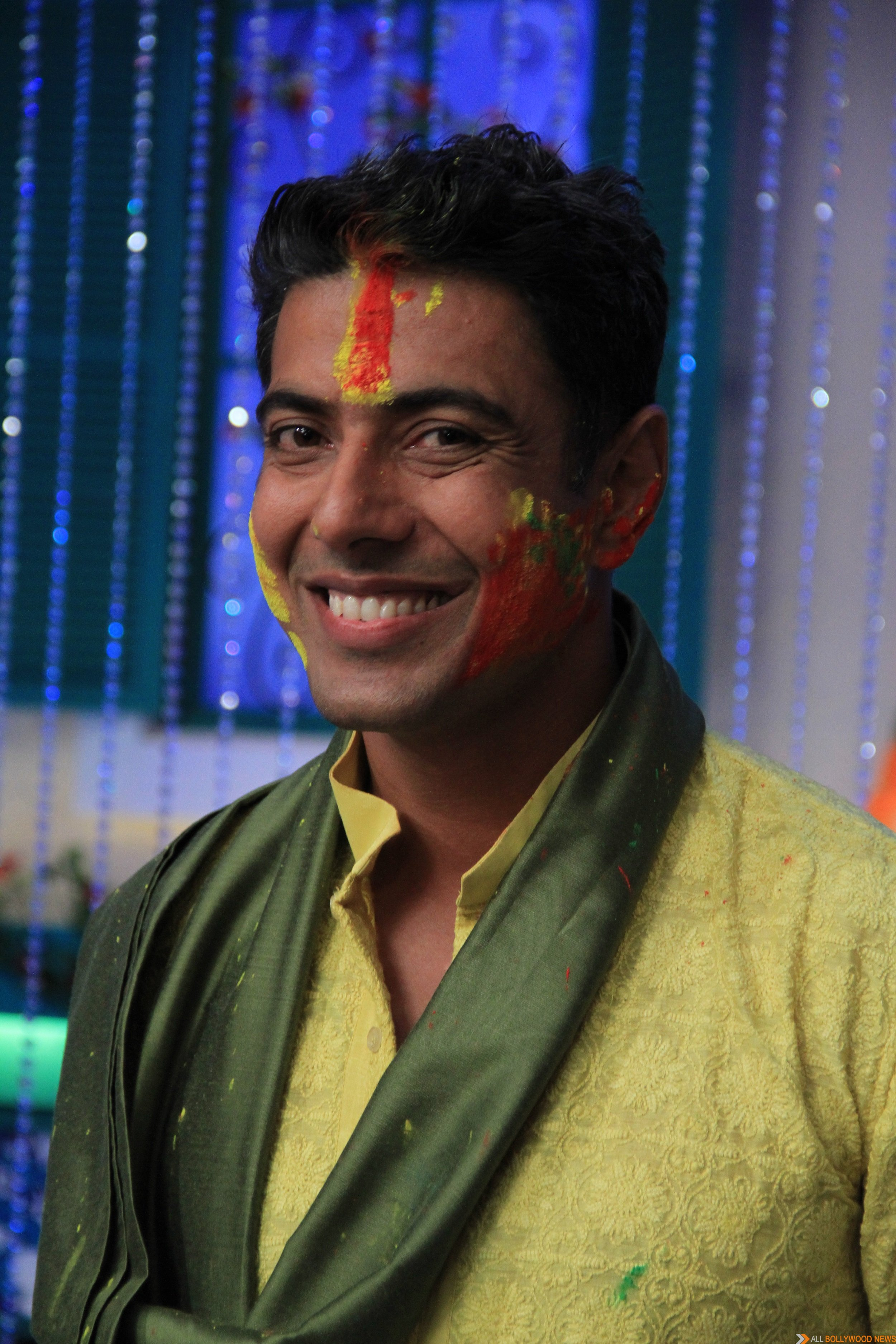 Chef Ranveer Brar celebrates Holi on MasterChef India-4 set