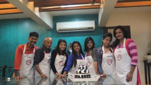 MasterChef India-4 finalists make a vegan cake for Aamir Khan for his 50th birthday