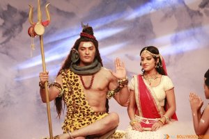 ANAS RASHID DONS THE SHIVA AVATAR