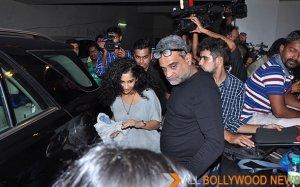Irrfan Khan hosts Amy Premiere in India