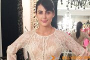 Mandana Karimito walk the ramp for SOIE