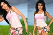 Miss Srilanka Chandi having fun in rains recently in Mumbai