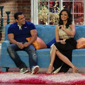 Roshni Chopra Shoots with Salman Khan for Comedy Nights with Kapil
