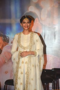 Sonam Kapoor at the trailer launch of Prem Ratan Dhan Payo presented by Fox Star Studios, prodced by Rajshri Productions, directed by Sooraj Barjatya