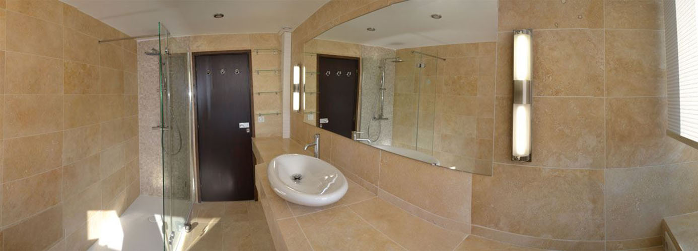 Rénovation complète d\u0027une salle de bain de luxe à Toulon