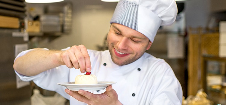 Pastry Chef Job Outlook What\u0027s Cooking in Pastry Careers?