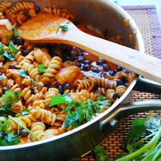 Chicken Enchilada Pasta (Gluten, dairy, egg, soy, peanut and tree nut free; top 8 free) Dinner recipe by AllergyAwesomeness.com