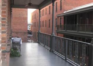 alleystation_flats_balcony