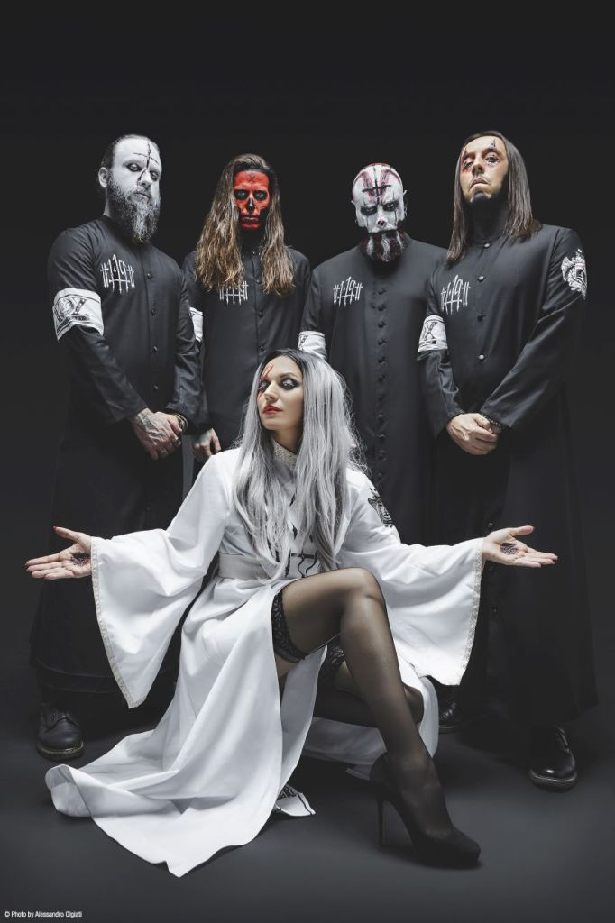 Band Photo - Lacuna Coil_b
