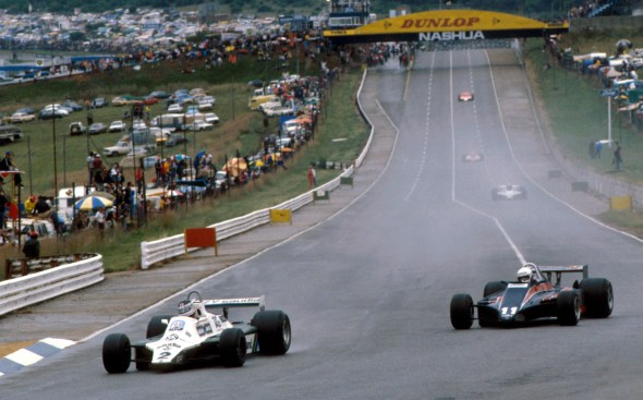 Carlos Reutemann on his way to victory in the 1981 WFMS South African GP