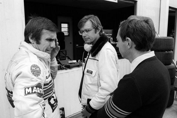 Carlos Reutemann (ARG) Lotus (Left), who retired from the race on lap 24 with a broken suspension, with Peter Collins (AUS) Lotus Team Manager (Right). Canadian Grand Prix, Rd 14, Montreal, Canada, 30 September 1979.