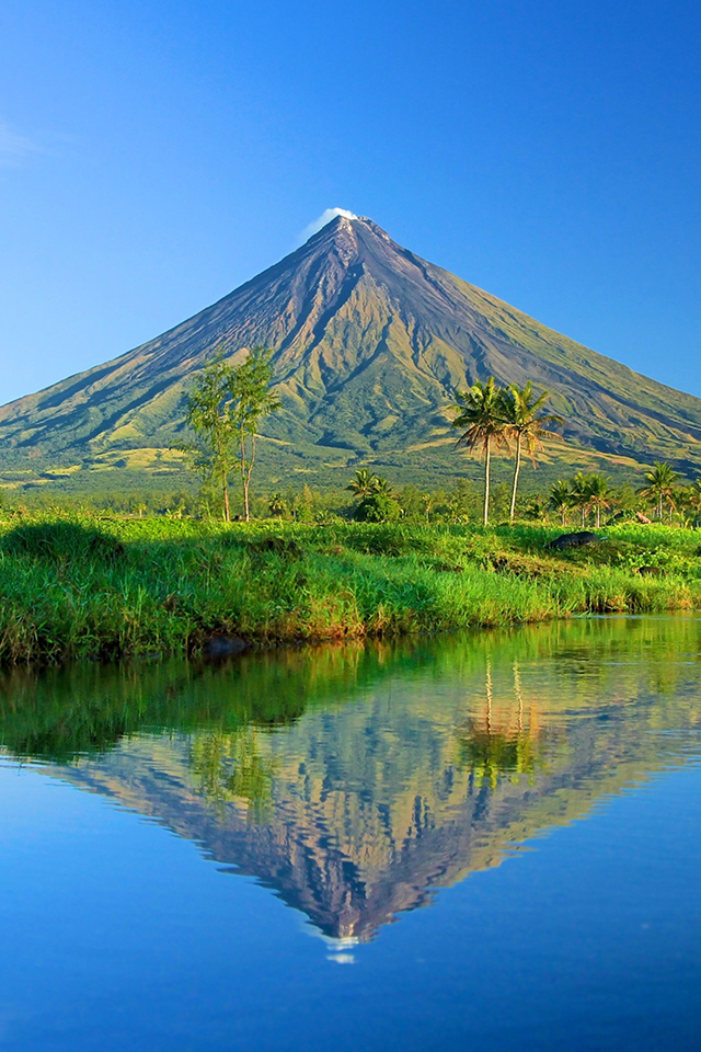 New Wallpaper For Iphone 5s Mt Mayon Iphone Wallpaper Hd