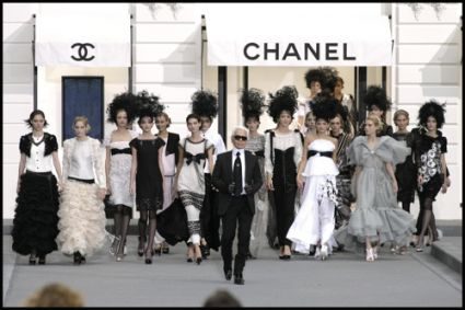 Karl Lagerfeld with Models for Chanel