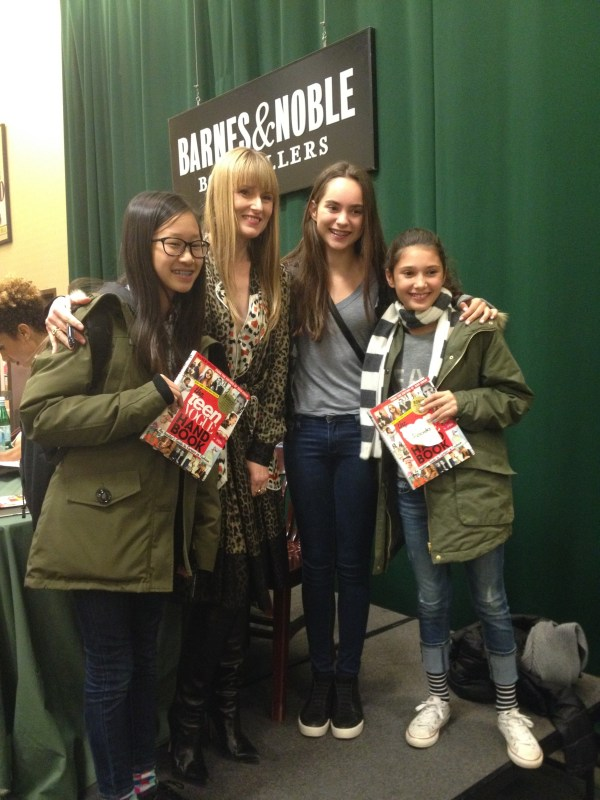 Amy Astley, Editor-in-Chief of Teen Vogue with readers (Image courtesy of Penguin Young Readers)