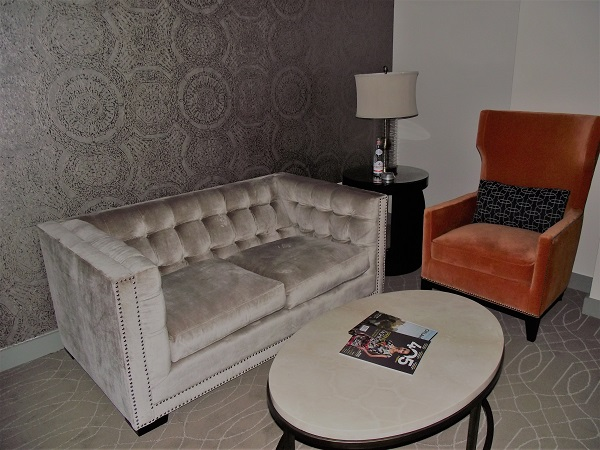 Colcord Hotel Sitting Area (Image by LoudPen)