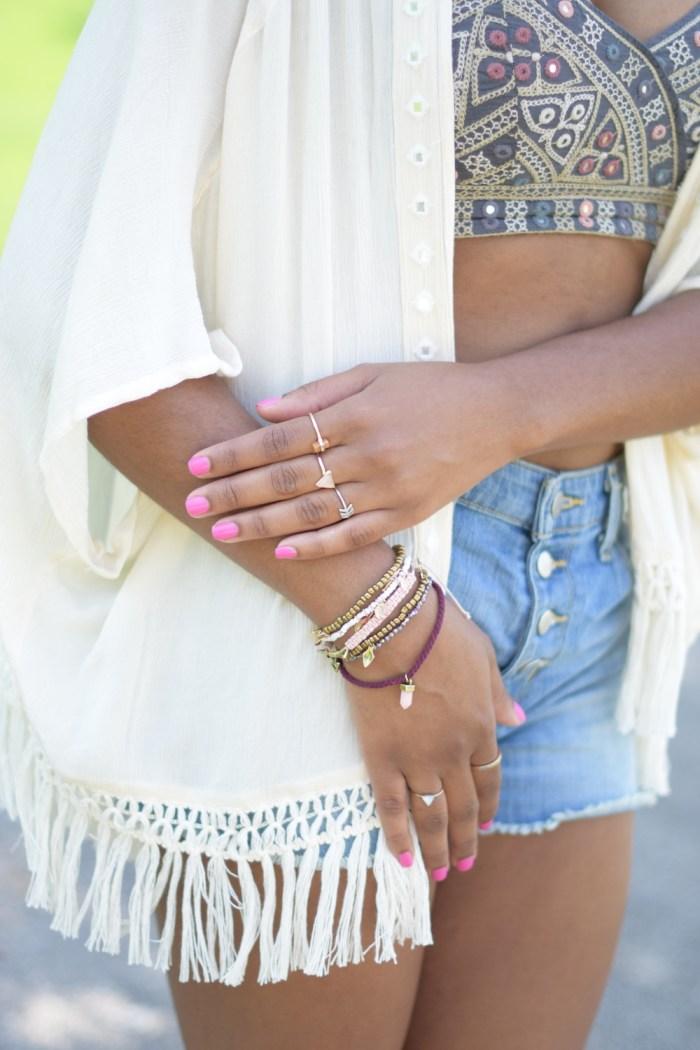 aeo-arm-party-pink-bracelets