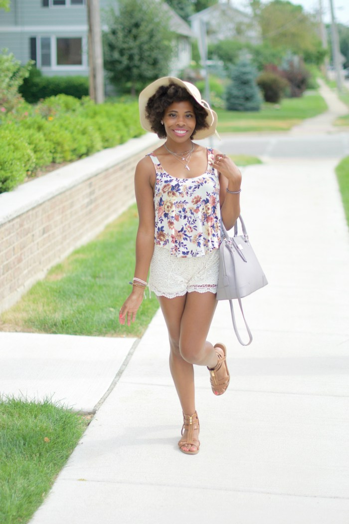 Summer outfit idea: Floral swing tank, crochet shorts and straw hat with bow