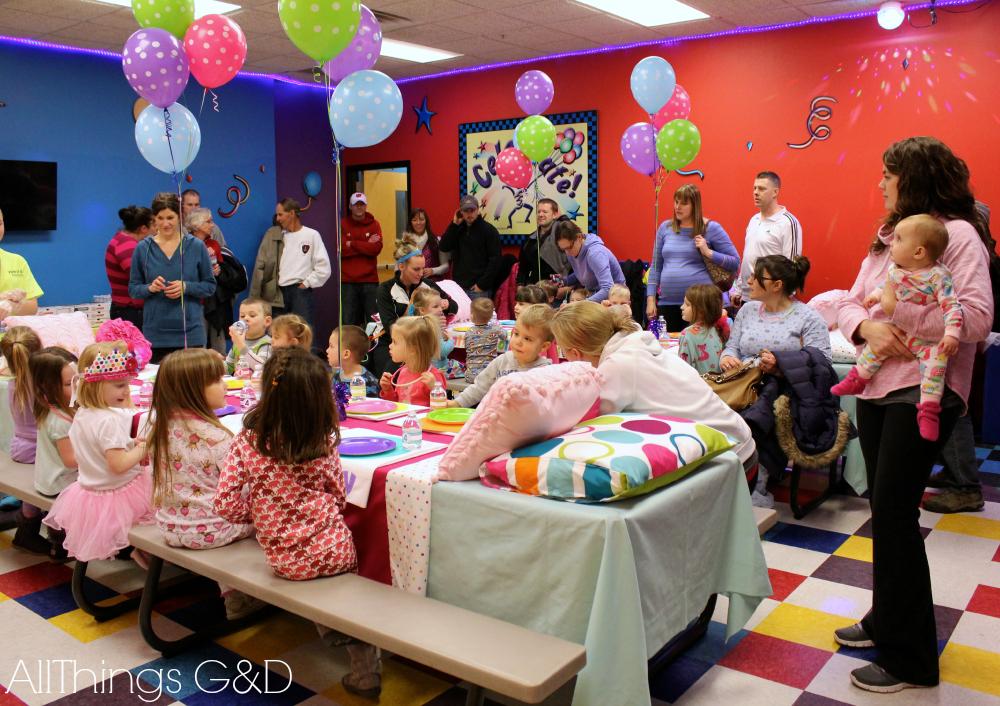 Kate39s Polka Dot Pajama Birthday Party All Things Gd