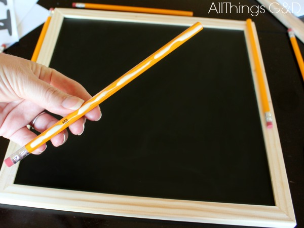 You're never too old for #2 pencils! Use them to make pencil-trimmed decorative chalkboards! | www.allthingsgd.com