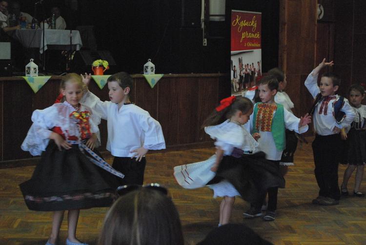 children dancing web 4