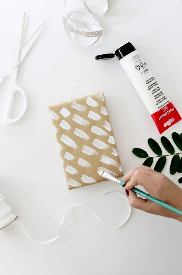 diy brushstroke gift wrap | almost makes perfect