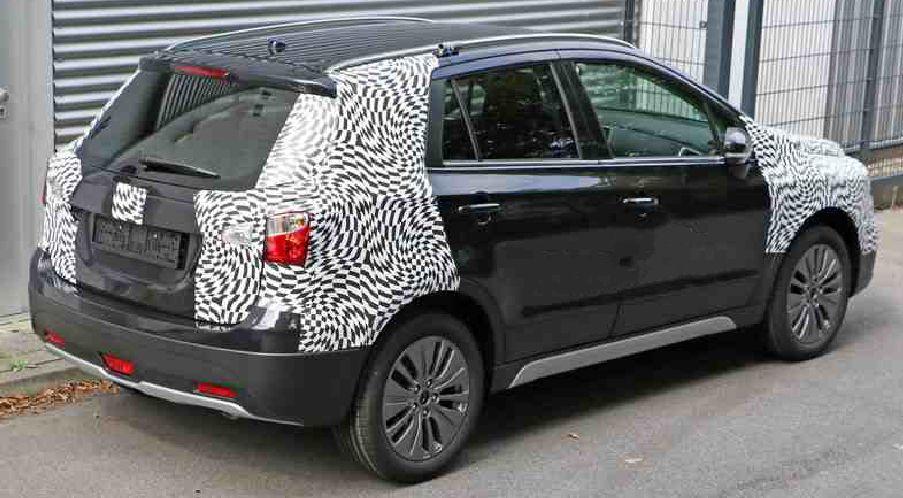 التصميم الخلفي للسيارة سوزوكي SX4 2016