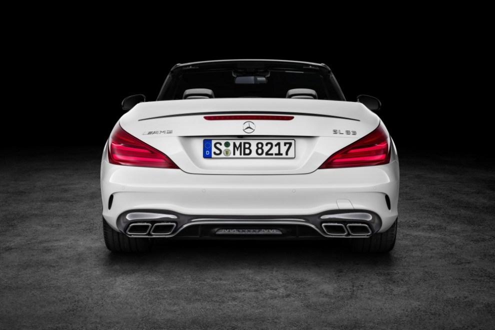 التصميم الخلفي للسيارة مرسيدس SL 2016
