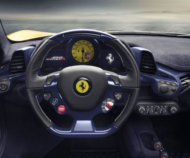 التصميم الداخلي للسياره فيراري 458 سبيشالي 2016