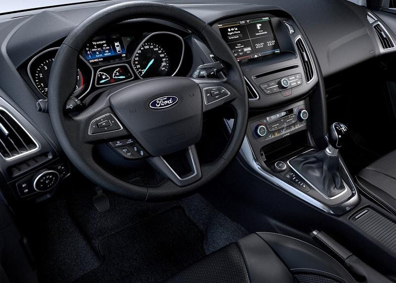 التصميم الداخلي للسيارة فورد فوكاس ST موديل 2017