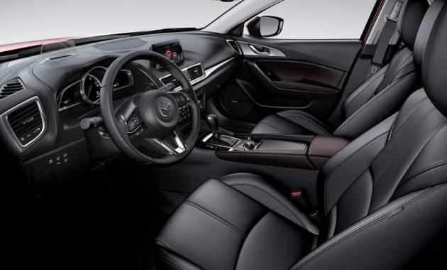 التصميم الداخلي للسيارة مازدا 3 موديل 2017,