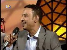 بالفيديو: طه سليمان يغني (غلطة) للشاعر إسماعيل حسن