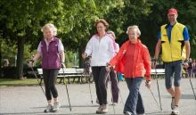 المشي نصف ساعة يوميا يبطئ الشيخوخة