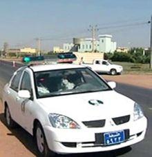 بالفيديو: إشتباكات عنيفة بين مواطنين وافراد شرطة المرور بالعاصمة الخرطوم