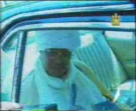 النميري يتحدث للصحفيين عقب محاولة إغتيال حسني مبارك