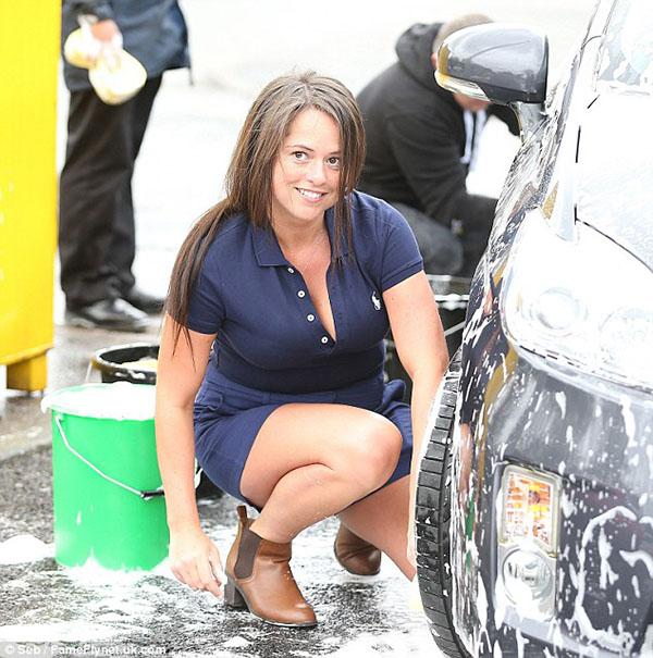 تغسل سيارات