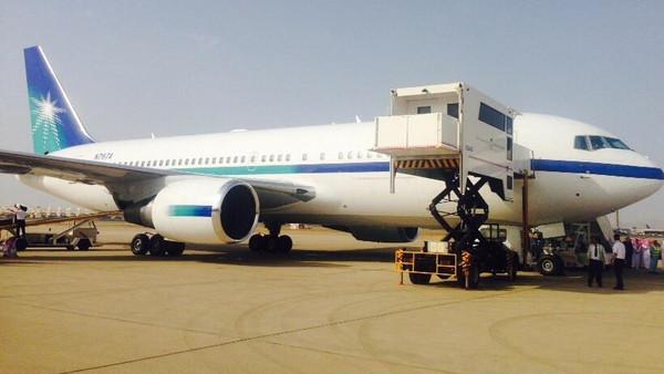 طائرة الأمير سعود