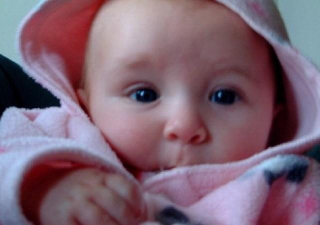 أول مولود أنثى