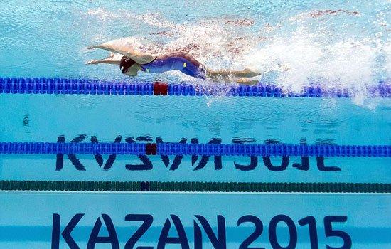 بالصور طفلة 10 سنوات تشارك فى بطولة العالم للسباحة